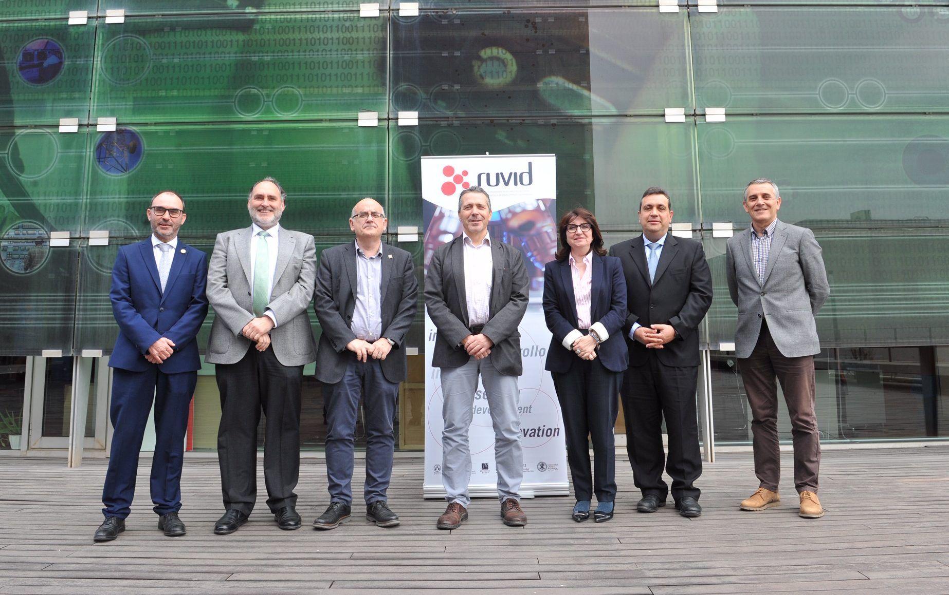 Los vicerrectores de investigación de las universidades valencianas de la red RUVID, hoy en la UPV. Foto: UPV.