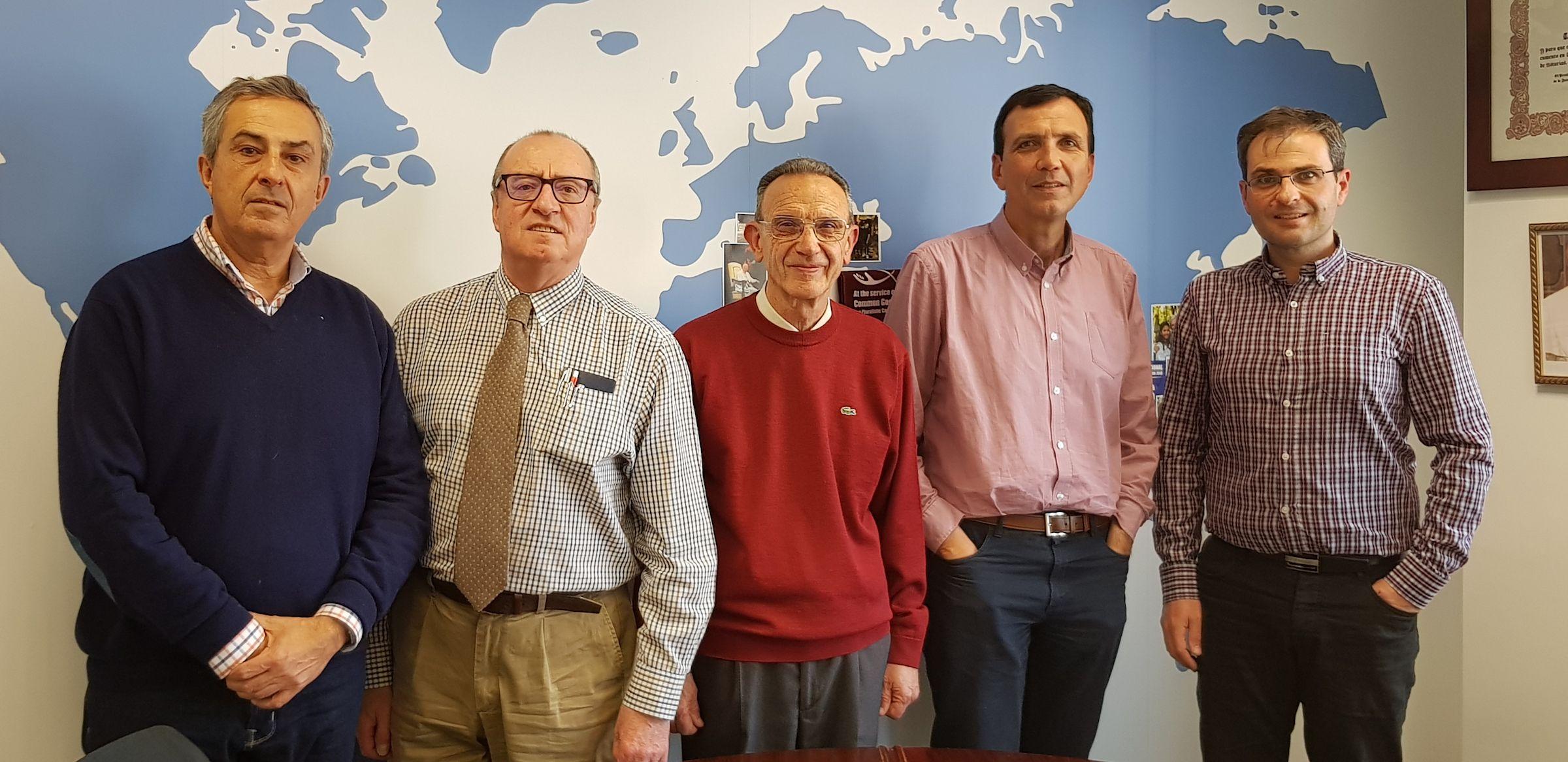 Miembros del Foro Creyente de Pensamiento Ético Económico, en una de sus reuniones.
