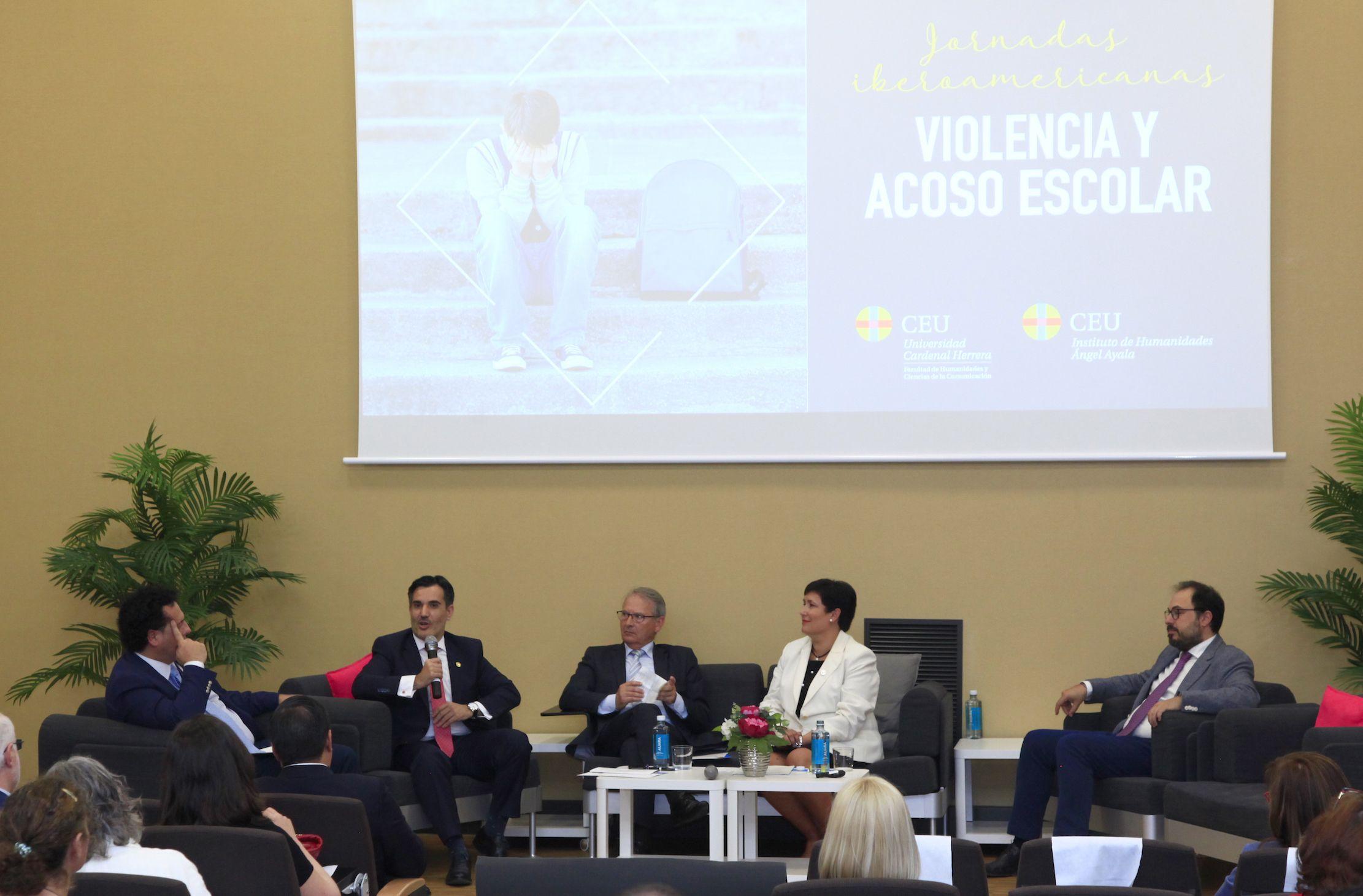 Clausura de las I Jornadas Iberoamericanas sobre Violencia y Acoso Escolar en la CEU UCH.