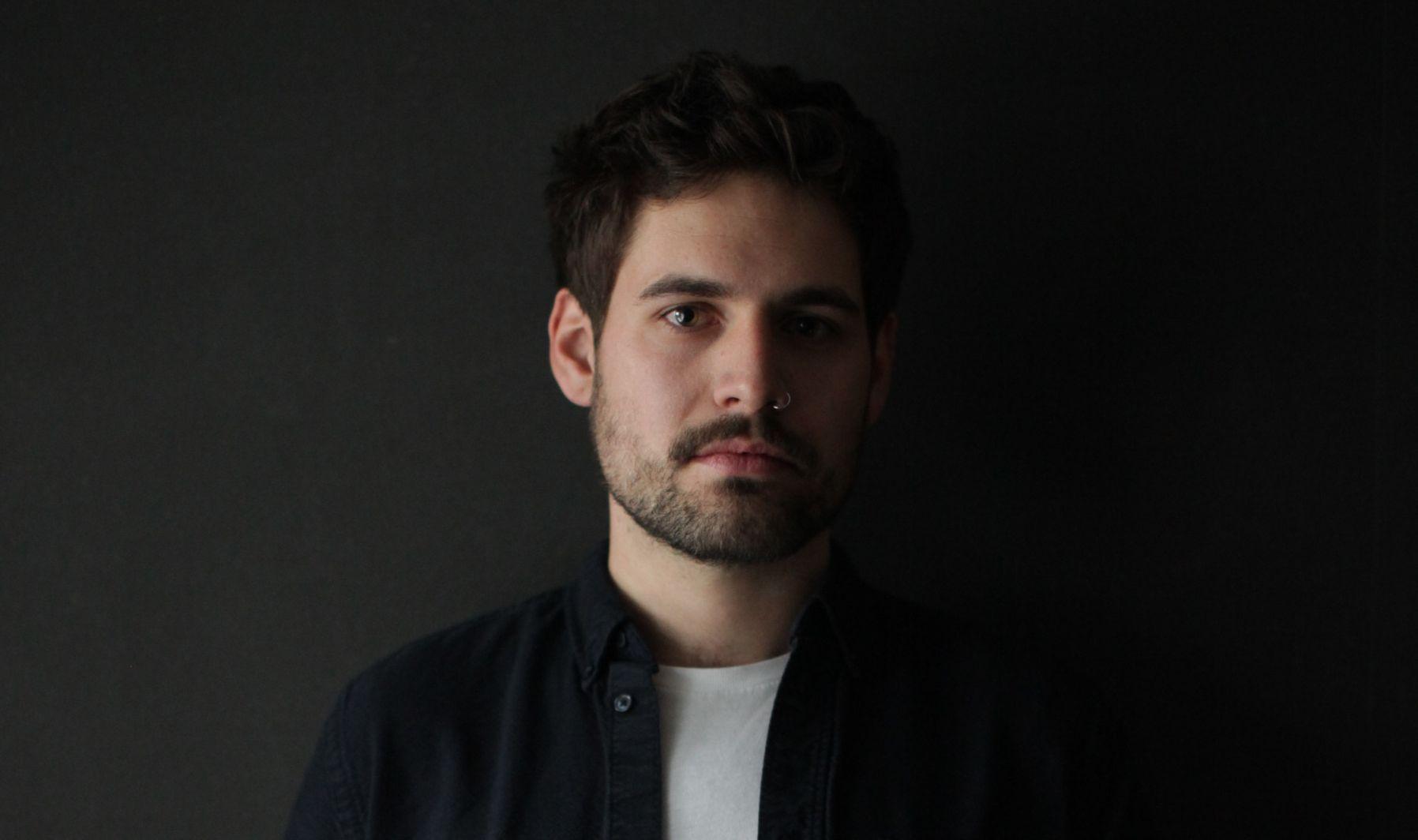 Manu Bañó, formado en Diseño en el CEU de Valencia, es co-fundador de EWE Studio en México.