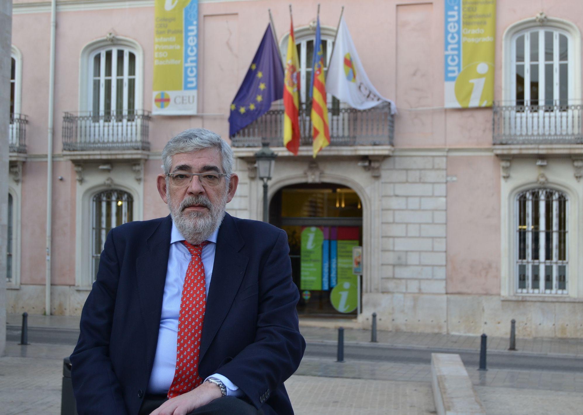 Vicente Navarro de Luján, nuevo rector de la Universidad CEU Cardenal Herrera.
