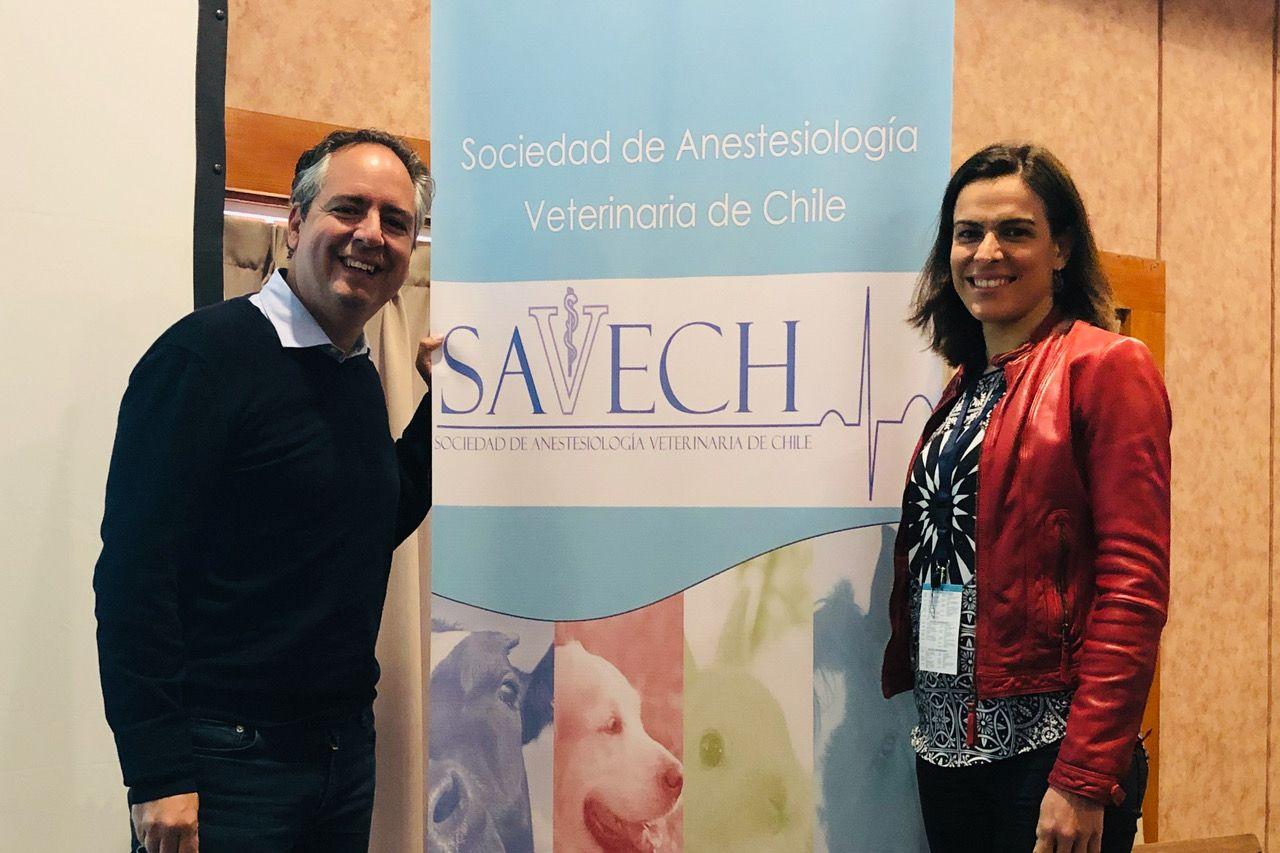 Con la Dra Eva Rioja, en el Congreso de la SAECH, en Chile.