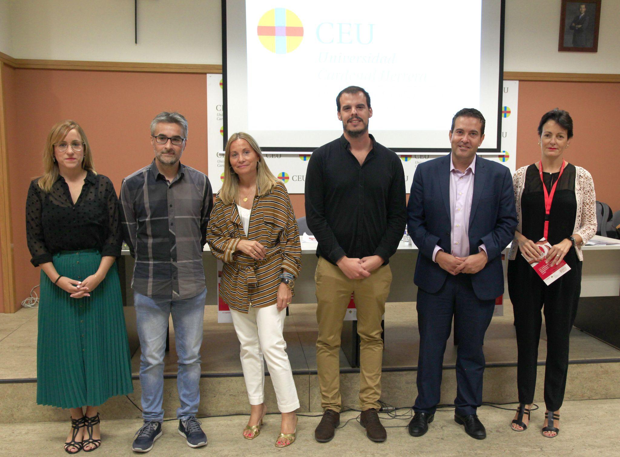 Ponentes y organizadores del Seminario sobre Transparencia, Comunicación y Evaluación de la RSC, en la CEU UCH.
