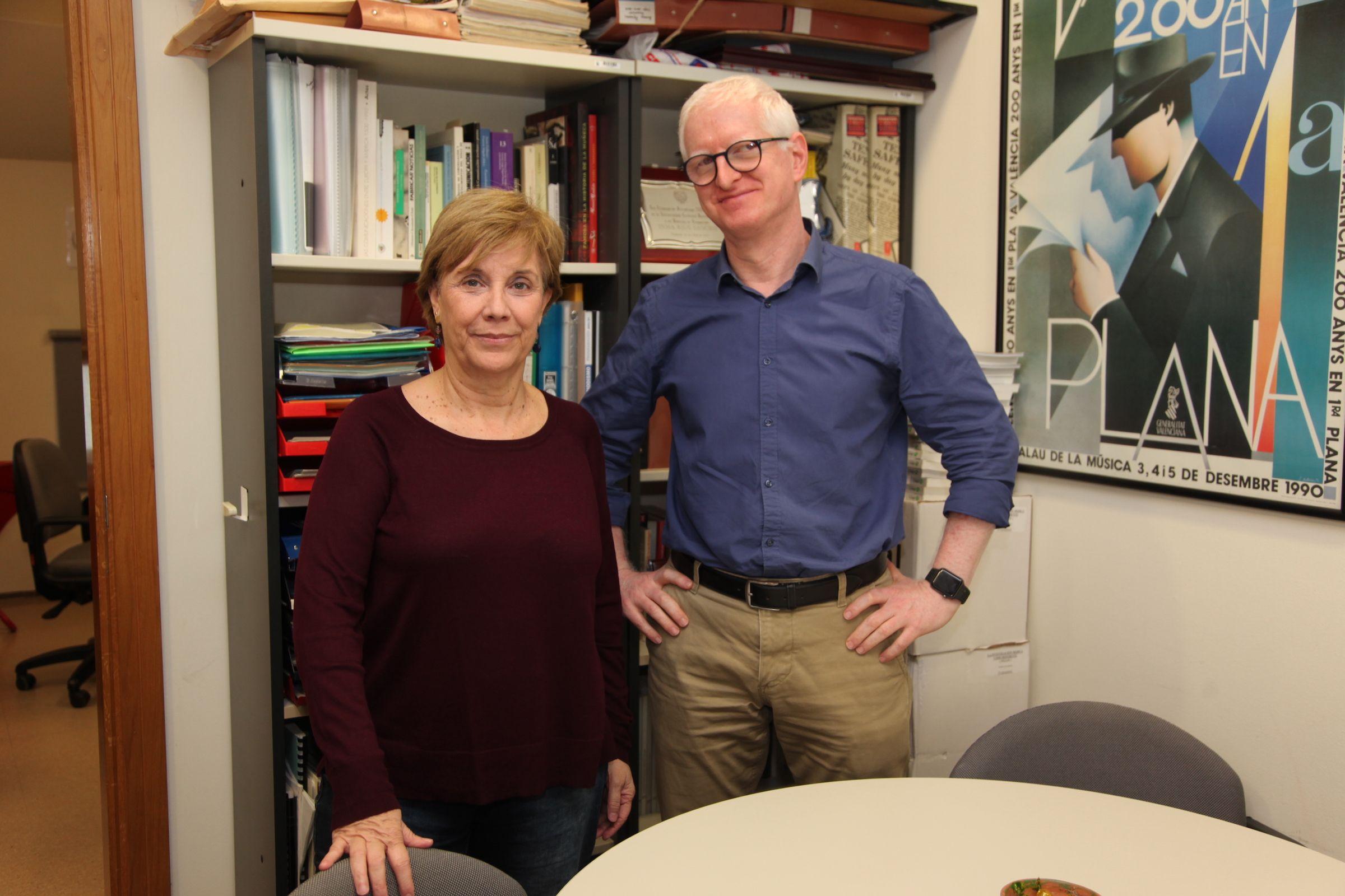 Los investigadores del GIDYC de la CEU UCH Josep Solves e Inmaculada Rius, autores del estudio sobre la cobertura del deporte paralímpico realizado junto a la Universidad de Kent.