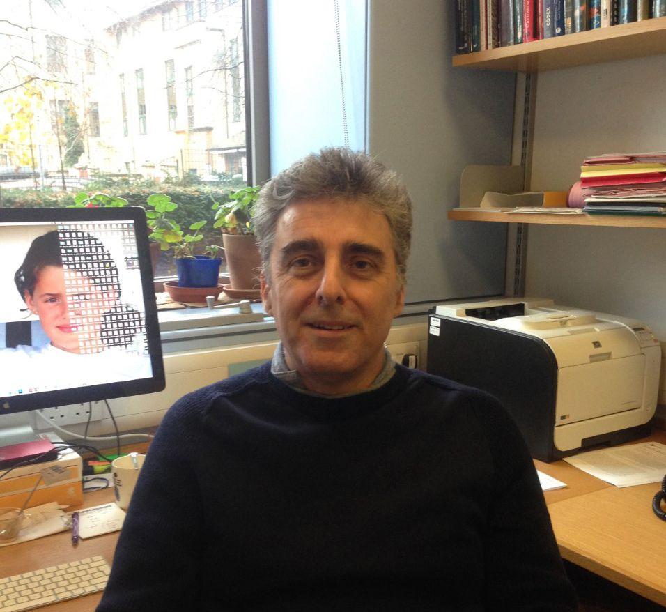 José R. Penadés, en la University of Glasgow donde desarrolla su actividad investigadora.