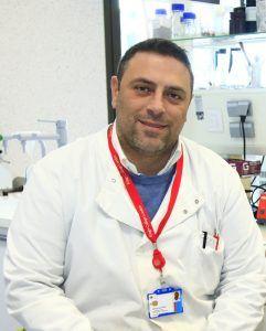 El profesor de Dentistry de la CEU UCH Salvatore Sauro, director del TFG premiado.