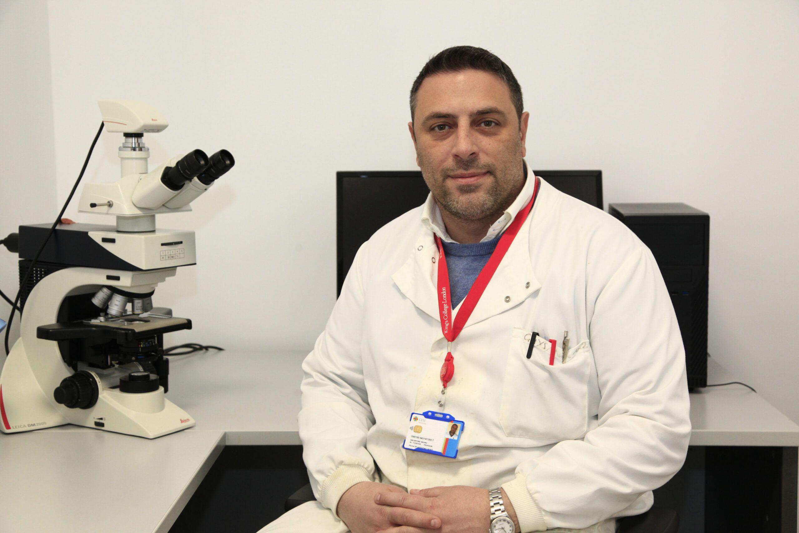 """El profesor de la CEU UCH, Salvatore Sauro, ganador del XXIII Premio """"Mejor Artículo Científico Gaceta Dental""""."""