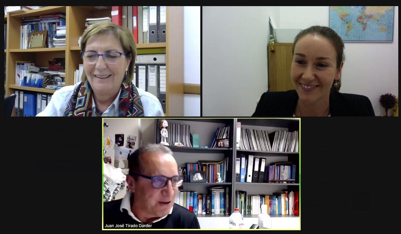 Loreto Macía, María Pilar Chisbert y Juan José Tirado, en la VI Conferencia Anual de la Cátedra de Neurociencias CEU-Vithas.