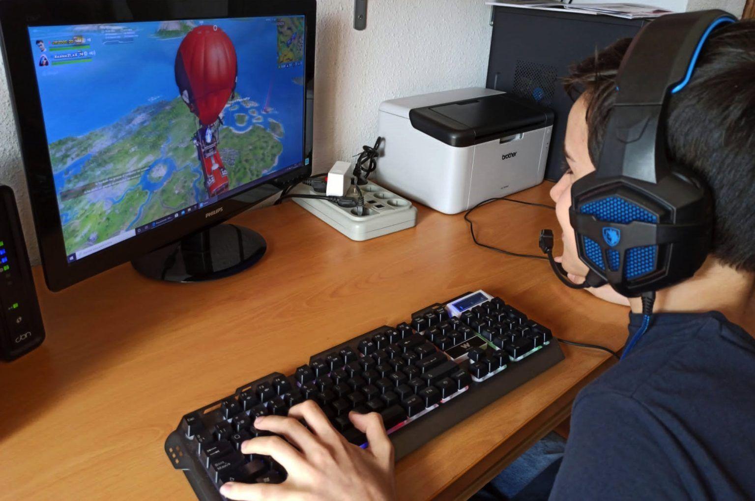 Estudio sobre efectos de los videojuegos en el rendimiento escolar