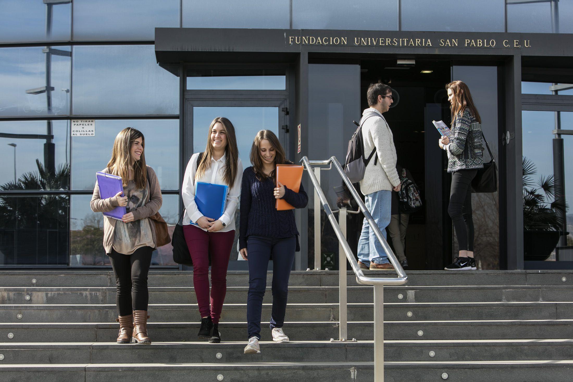 Elegir universidad: estudiantes de la CEU UCH de Castellón