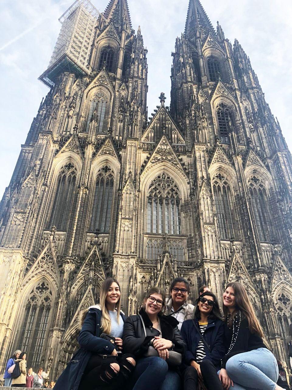 Universitarios en Colonia