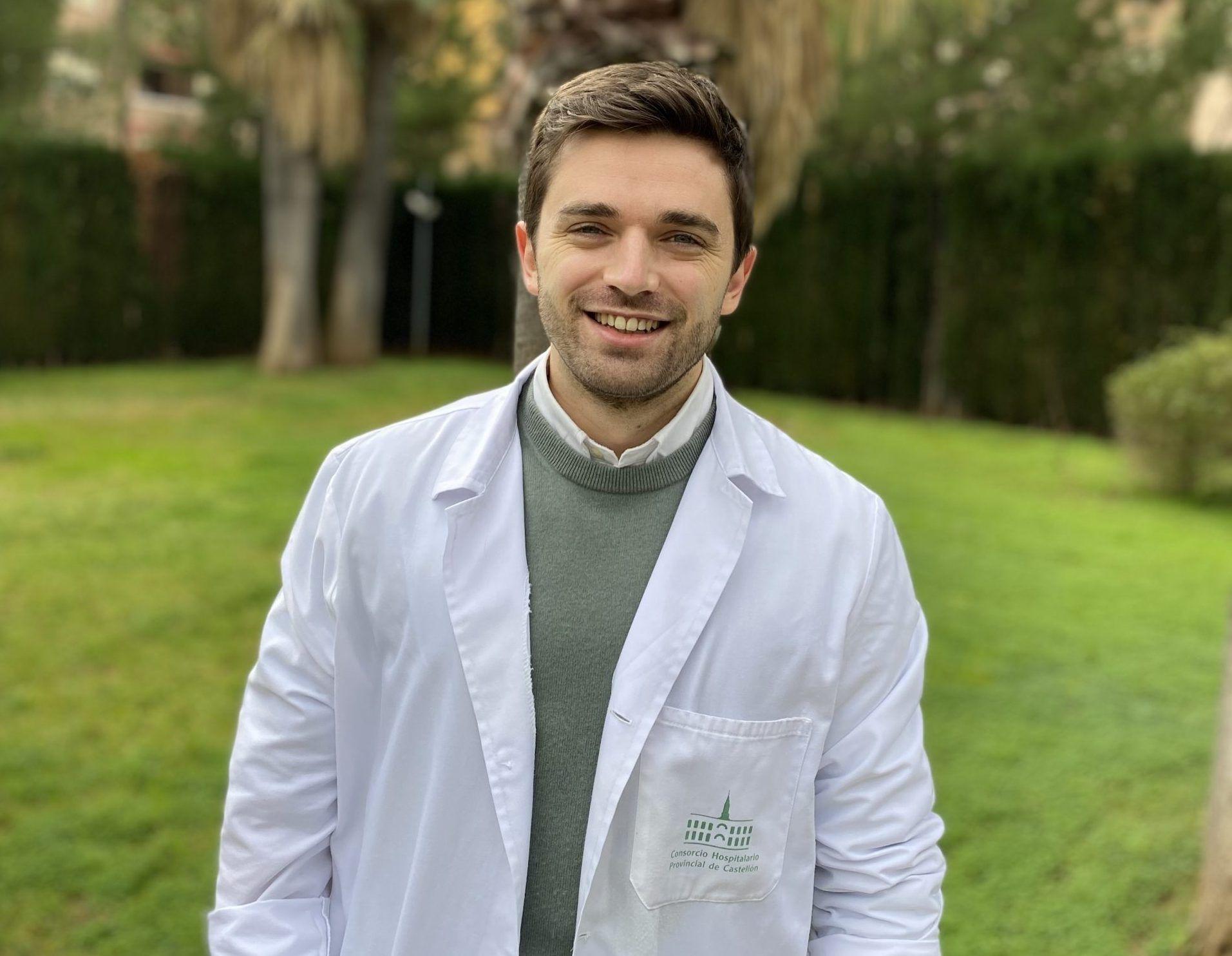 La investigación publicada en Brain Sciences forma parte de la tesis doctoral de Alejandro Fuertes-Saiz, residente de Psiquiatría de cuarto año en el Hospital Provincial de Castelló y doctorando de la Universidad CEU Cardenal Herrera (CEU UCH).