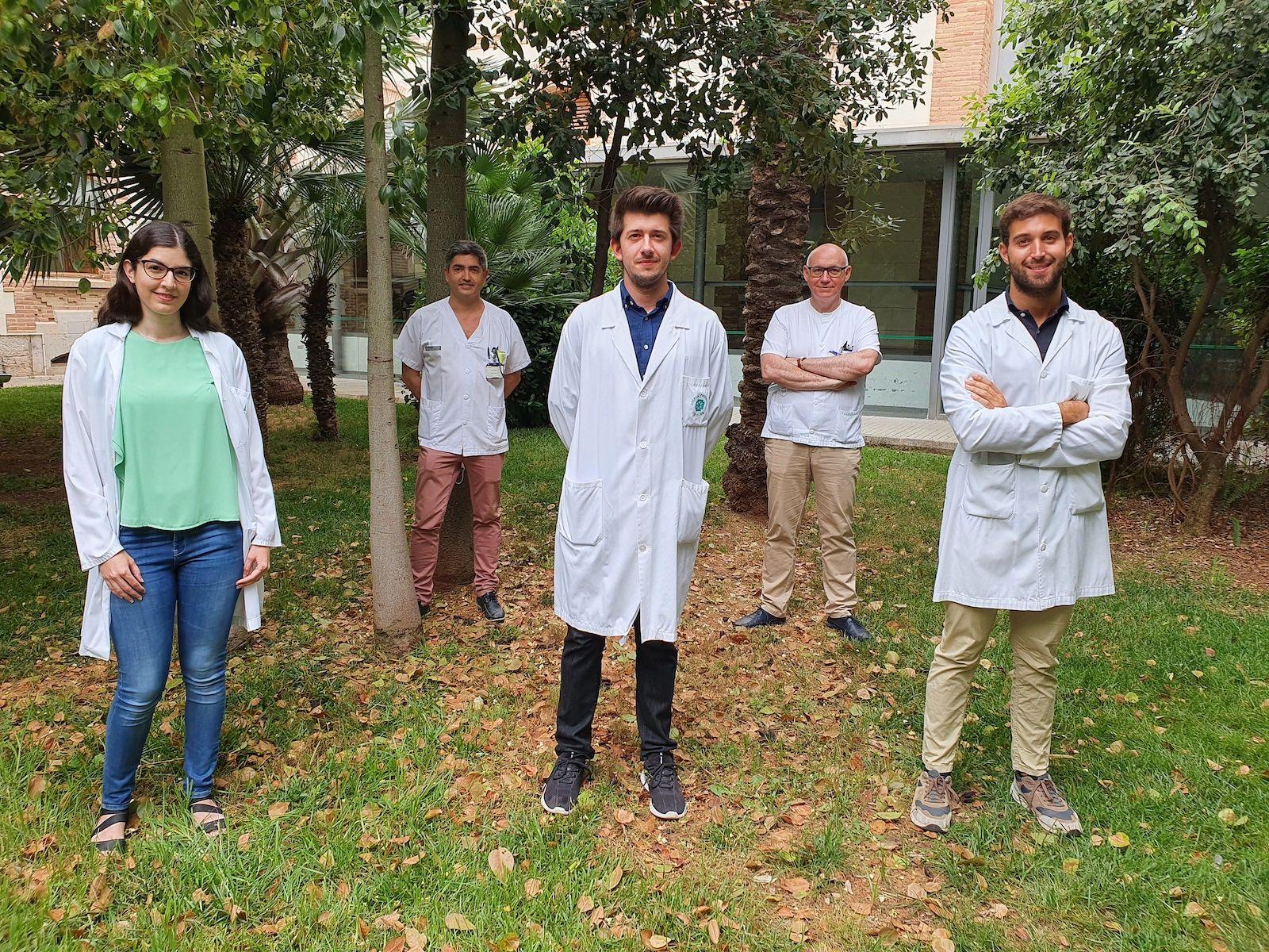 Los investigadores del Hospital Provincial de Castellón y la CEU UCH autores del metaanálisis sobre tabaquismo y suicidio.